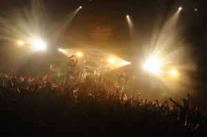'13.10.3 OVER ARM THROW 横浜BLITZ「Some Missing Night War vol.22」2